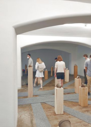 Klanginstallation BABEL von Aaron Dan im Kunstmuseum Reutlingen Galerie, 2021.